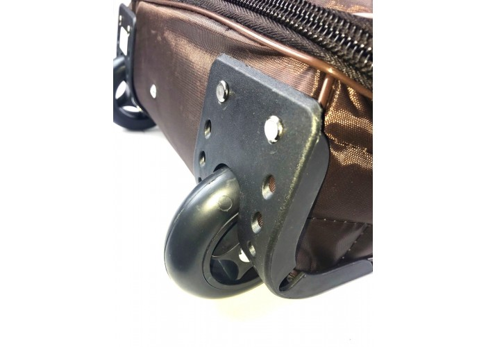 Стеганная сумка на колесах